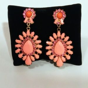 Bright Pink and Gold Color Fashion Earrings NWT